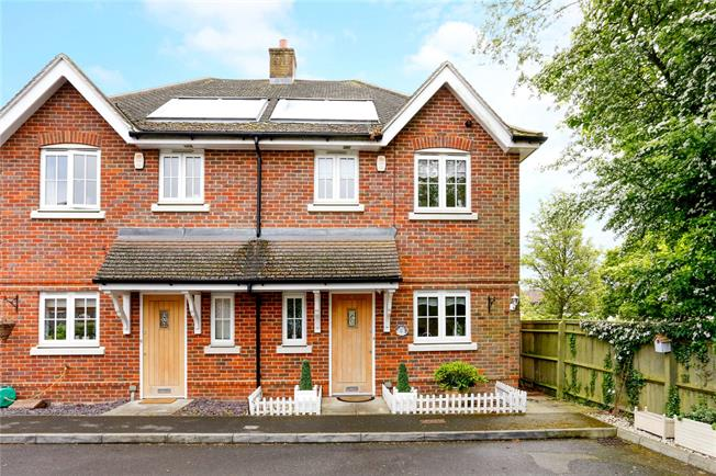 Guide Price £399,950, 3 Bedroom Semi Detached House For Sale in High Wycombe, HP12