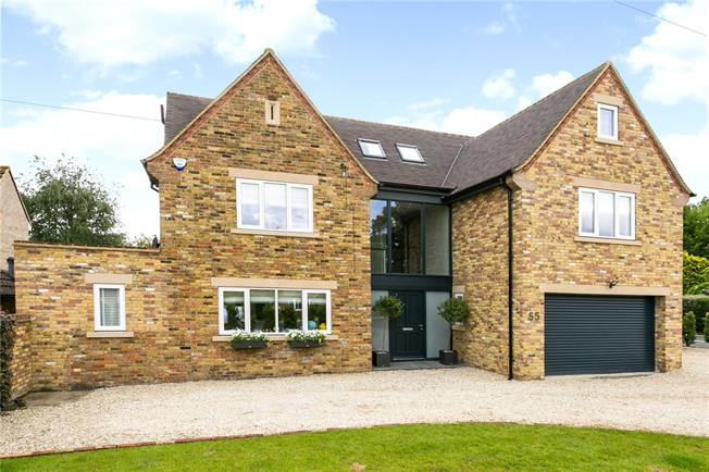 Guide Price £1,995,000, 7 Bedroom Detached House For Sale in Buckinghamshire, HP9