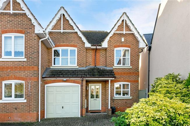 Guide Price £699,950, 4 Bedroom Semi Detached House For Sale in Beaconsfield, HP9
