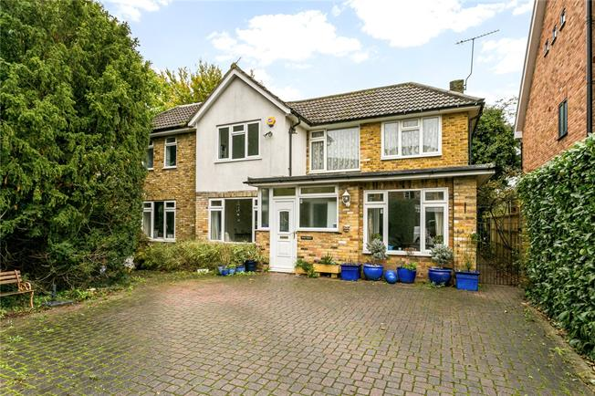Offers in excess of £835,000, 5 Bedroom Detached House For Sale in Beaconsfield, HP9