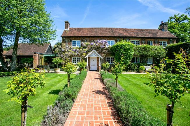 Offers in excess of £2,100,000, 4 Bedroom Detached House For Sale in Amersham, Buckinghamshire, HP7