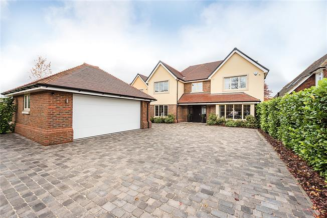 Asking Price £1,499,000, 5 Bedroom Detached House For Sale in Buckinghamshire, SL2