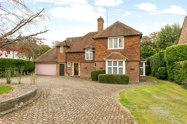 Guide Price £1,750,000, 3 Bedroom Garage For Sale in Beaconsfield, HP9