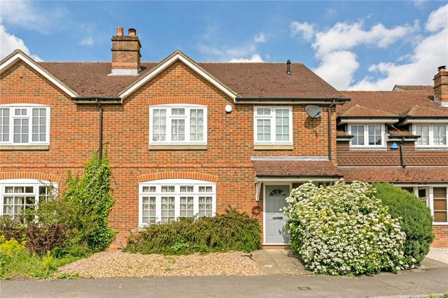 Guide Price £950,000, 3 Bedroom Terraced House For Sale in Beaconsfield, HP9