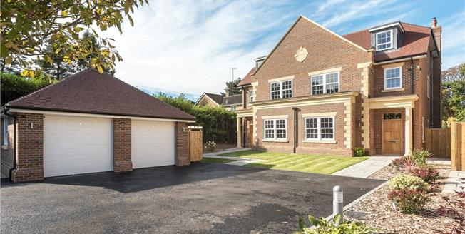Guide Price £1,345,000, 4 Bedroom House For Sale in Beaconsfield, HP9