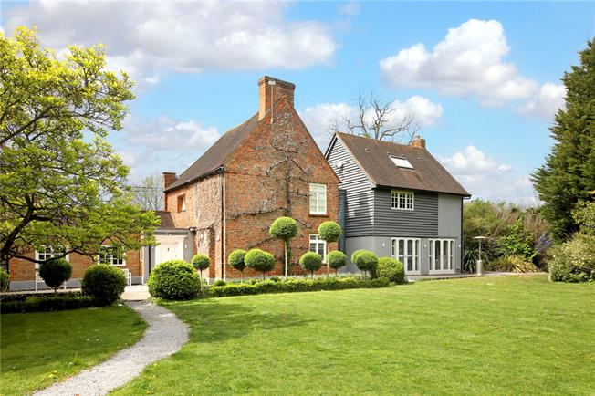 Offers in excess of £1,100,000, 4 Bedroom Detached House For Sale in Buckinghamshire, SL2