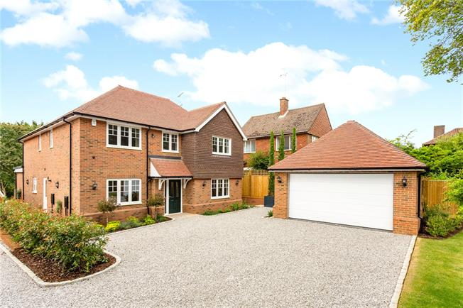 Guide Price £1,195,000, 5 Bedroom Detached House For Sale in Penn, Buckinghamshire, HP10