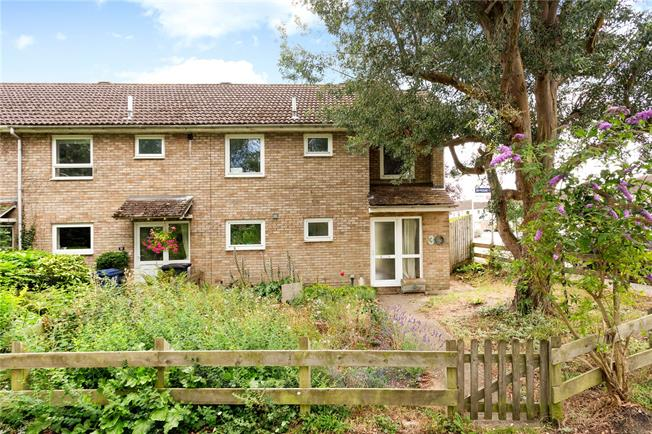 Guide Price £450,000, 3 Bedroom End of Terrace House For Sale in High Wycombe, Buckinghams, HP10