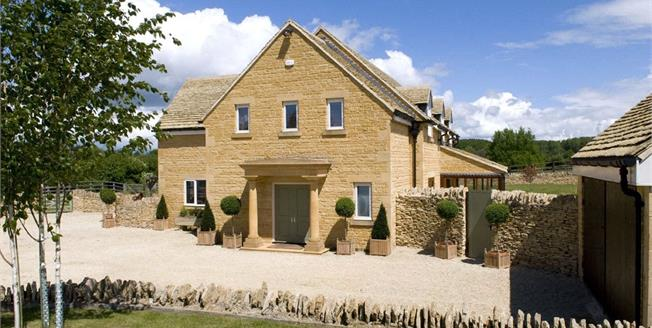 Guide Price £2,375,000, 5 Bedroom Detached House For Sale in Gloucestershire, GL55