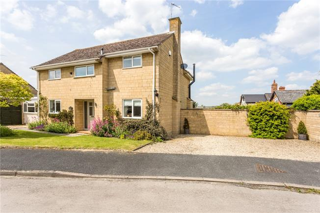 Guide Price £499,500, 4 Bedroom Detached House For Sale in Dumbleton, WR11