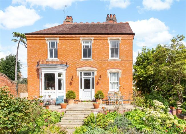 Offers in excess of £595,000, 5 Bedroom Detached House For Sale in Pershore, Worcestershire, WR10