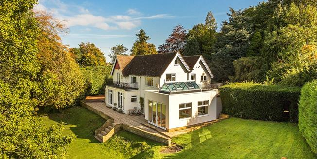 Asking Price £1,700,000, 6 Bedroom Detached House For Sale in Woldingham, CR3