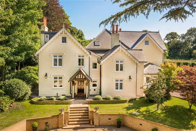Asking Price £2,000,000, 6 Bedroom Detached House For Sale in Surrey, CR3