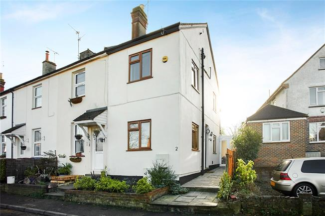 Asking Price £350,000, 2 Bedroom Terraced House For Sale in Bletchingley, RH1