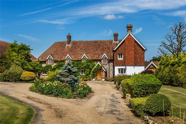 Guide Price £2,000,000, 6 Bedroom Detached House For Sale in Chelsham, Surrey, CR6