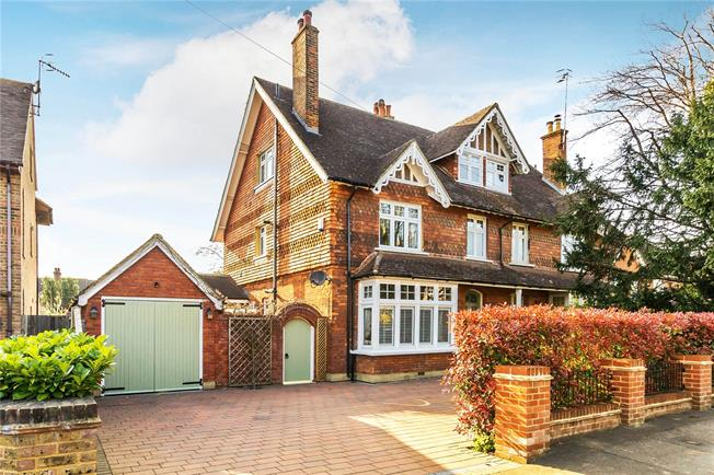 Guide Price £995,000, 4 Bedroom Semi Detached House For Sale in South Nutfield, RH1
