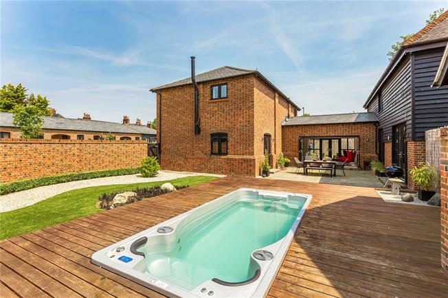 Offers in excess of £1,000,000, 5 Bedroom Detached House For Sale in Merstham, RH1