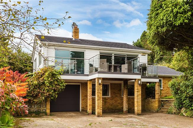 Offers in excess of £900,000, 5 Bedroom Detached House For Sale in Oxted, RH8