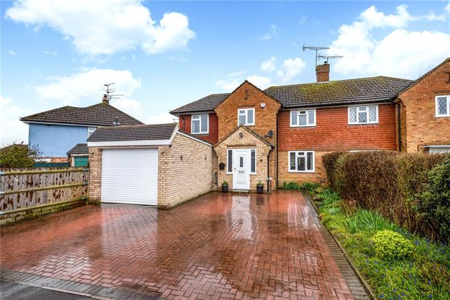 Guide Price £475,000, 4 Bedroom Semi Detached House For Sale in Godstone, Surrey, RH9