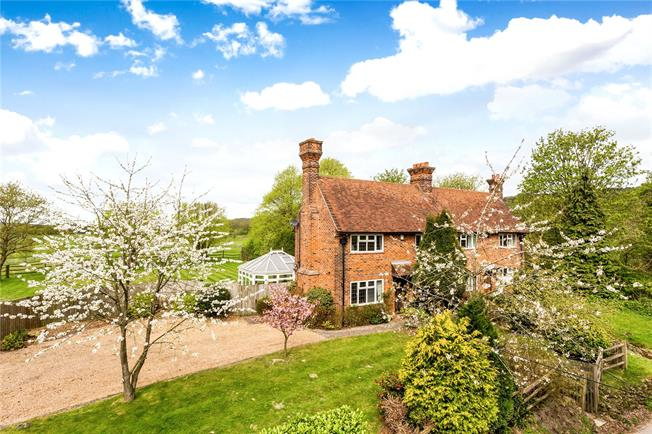 Guide Price £700,000, 3 Bedroom Semi Detached House For Sale in Surrey, RH9