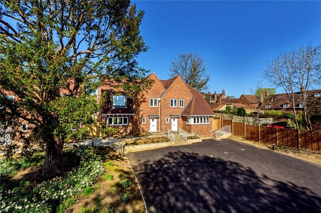 Guide Price £659,950, 3 Bedroom Semi Detached House For Sale in Bletchingley, RH1