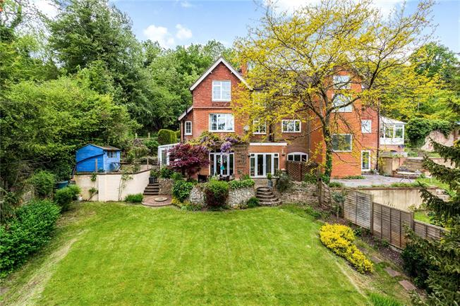Guide Price £750,000, 4 Bedroom Semi Detached House For Sale in Caterham, CR3
