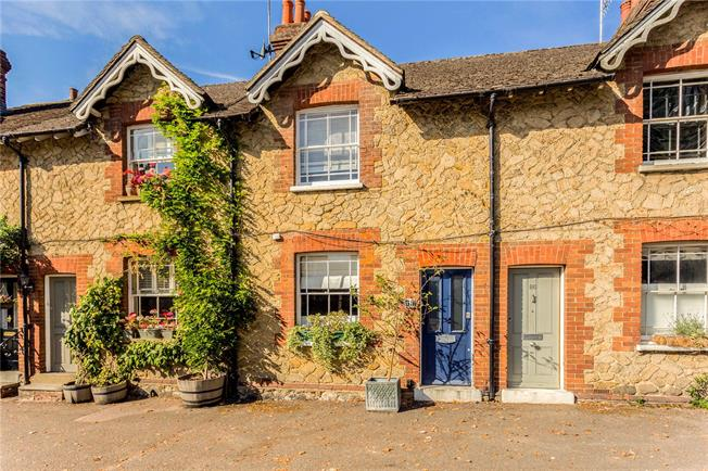 Asking Price £375,000, 2 Bedroom Terraced House For Sale in Surrey, RH9