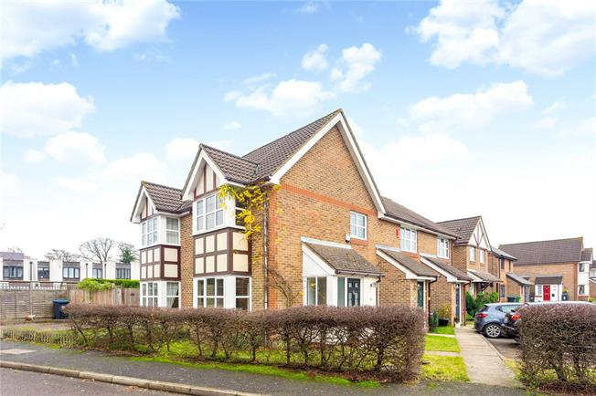 Guide Price £250,000, 1 Bedroom Semi Detached House For Sale in Caterham, CR3