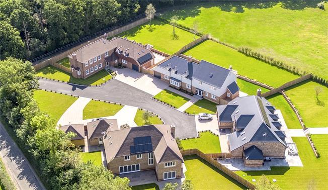 Guide Price £1,650,000, 6 Bedroom Detached House For Sale in Edenbridge, Kent, TN8