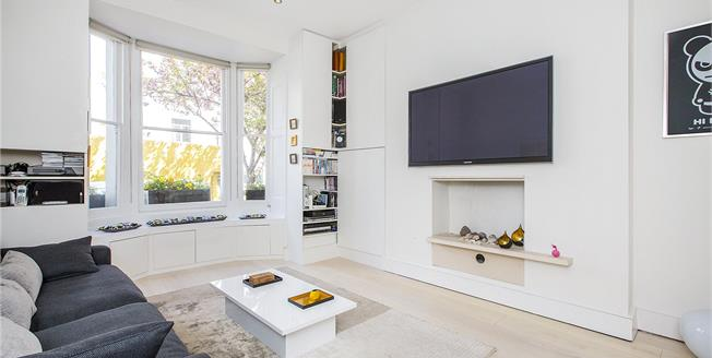 Offers in excess of £1,850,000, 3 Bedroom Flat For Sale in London, SW10