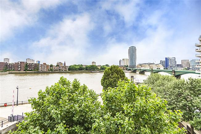Asking Price £2,650,000, 4 Bedroom Flat For Sale in London, SW10