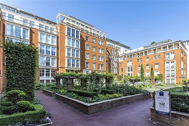 Asking Price £1,185,000, 2 Bedroom Flat For Sale in London, SW10