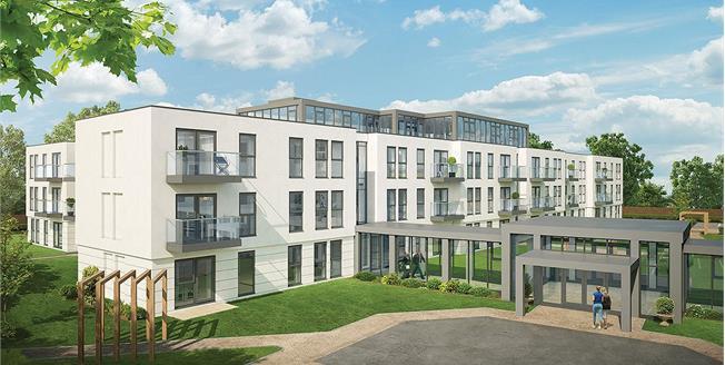 Asking Price £465,000, 2 Bedroom Flat For Sale in Cheltenham, Gloucestershi, GL50