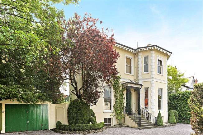 Guide Price £1,200,000, 5 Bedroom Detached House For Sale in Cheltenham, GL53
