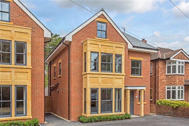 Asking Price £832,500, 5 Bedroom Detached House For Sale in Cheltenham, Gloucestershi, GL52