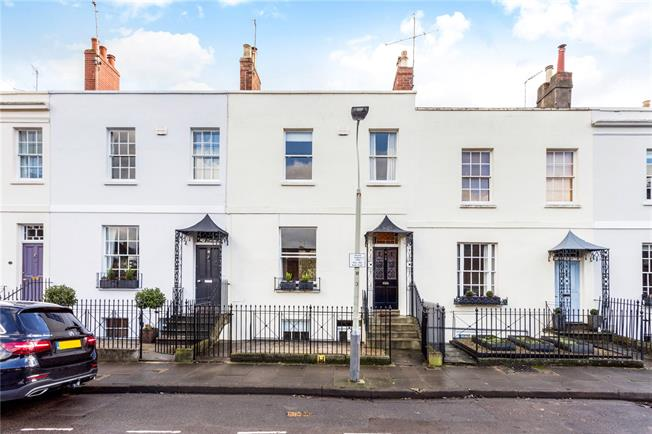 Guide Price £650,000, 4 Bedroom Terraced House For Sale in Cheltenham, GL52