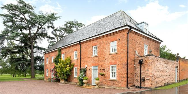 Guide Price £895,000, 4 Bedroom Semi Detached House For Sale in Worcester, WR8