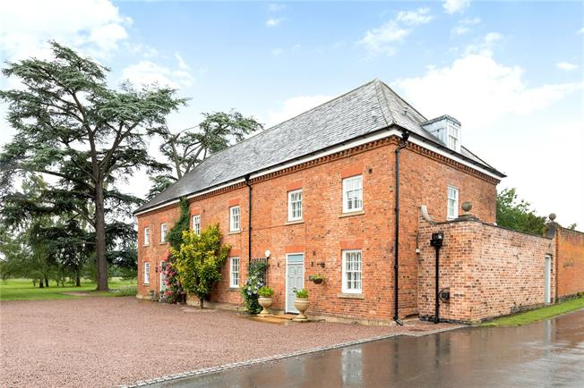Guide Price £895,000, 4 Bedroom Semi Detached House For Sale in Severn Stoke, WR8