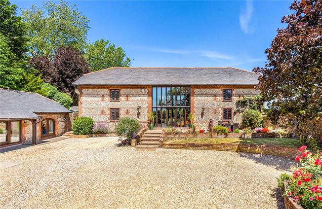 Guide Price £850,000, 5 Bedroom House For Sale in Merston, PO20