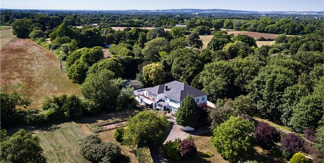 Guide Price £1,695,000, 5 Bedroom Detached House For Sale in Chichester, West Sussex, PO20