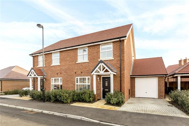 Guide Price £325,000, 3 Bedroom Semi Detached House For Sale in Chichester, West Sussex, PO20