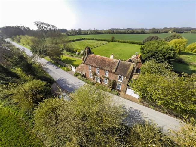 Guide Price £850,000, 4 Bedroom Detached House For Sale in West Sussex, BN17