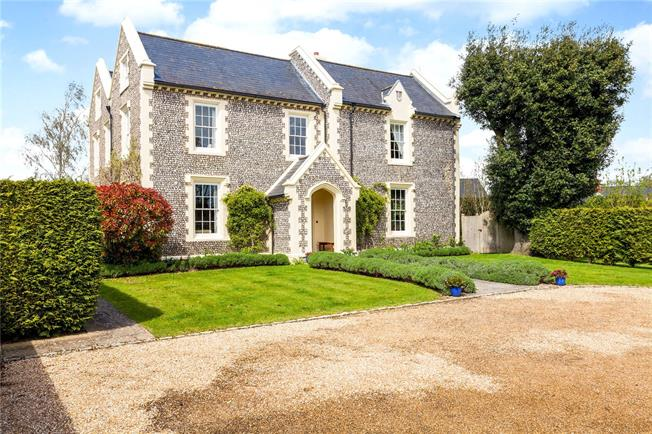 Guide Price £1,675,000, 7 Bedroom Detached House For Sale in Chichester, West Sussex, PO20