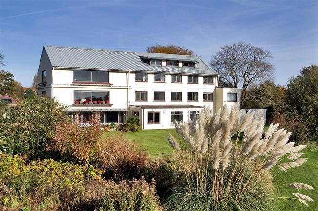 Offers in excess of £699,950, 3 Bedroom Flat For Sale in Chichester, PO19