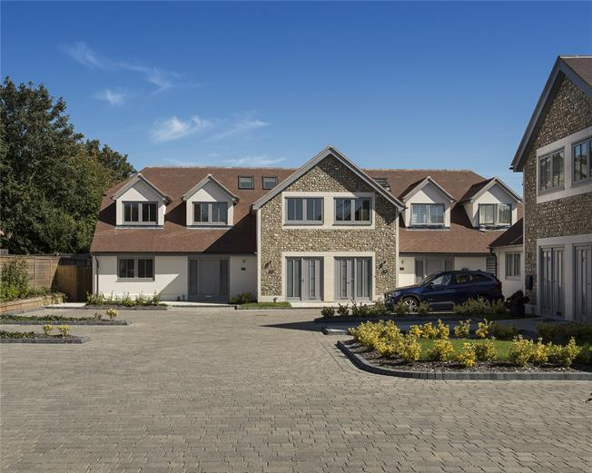 Asking Price £659,950, 3 Bedroom End of Terrace House For Sale in Chichester, West Sussex, PO19