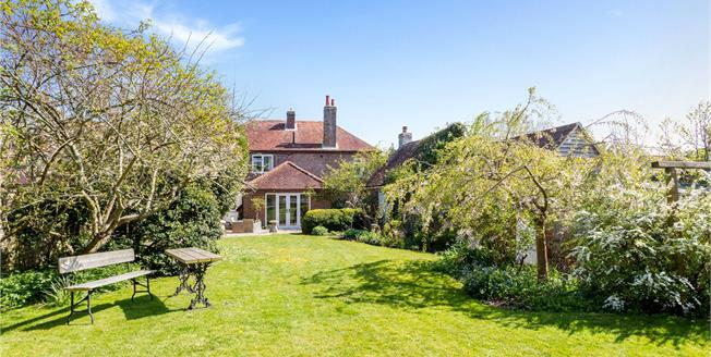 Guide Price £700,000, 3 Bedroom Semi Detached House For Sale in Chichester, West Sussex, PO20