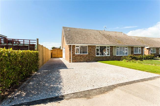 Guide Price £330,000, 2 Bedroom Bungalow For Sale in Chichester, West Sussex, PO20