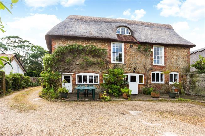 Guide Price £800,000, 5 Bedroom Detached House For Sale in Bognor Regis, PO22