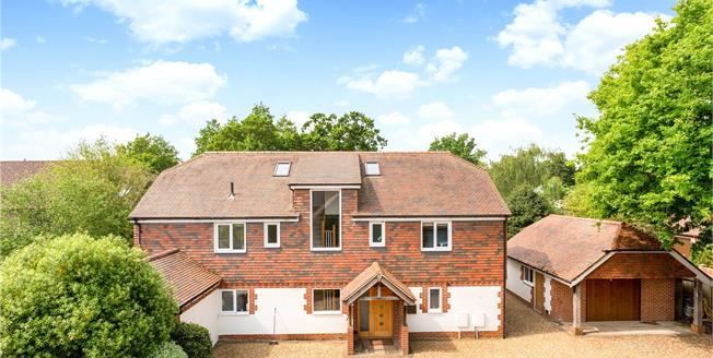 Asking Price £925,000, 6 Bedroom Detached House For Sale in Hambrook, PO18