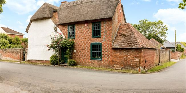 Guide Price £750,000, 4 Bedroom Detached House For Sale in Hampshire, PO11
